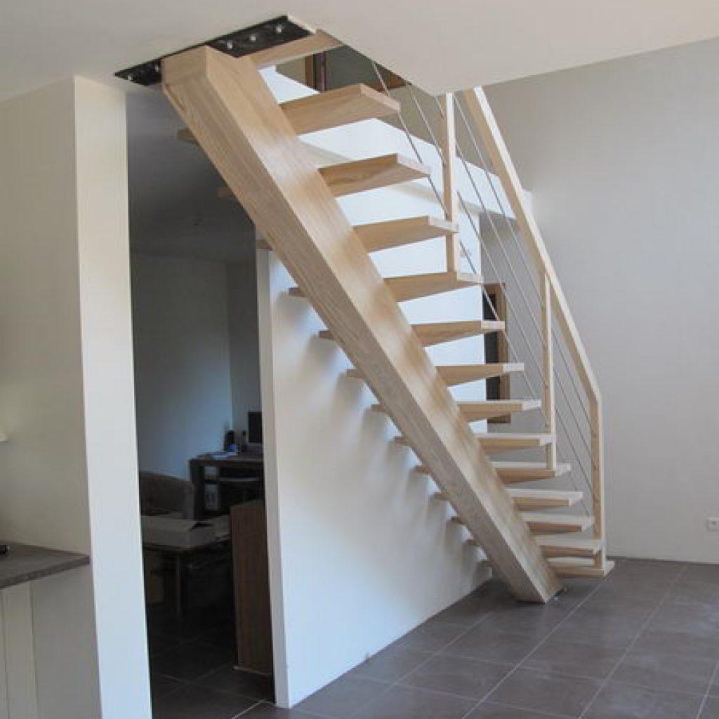 09 10 escalier droit sur limon central espace bois - Escalier limon central bois ...